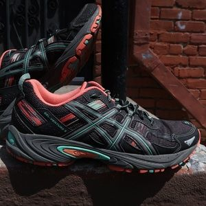 ASICS Women's GEL-Venture 5 Running Shoe Sz 10.5